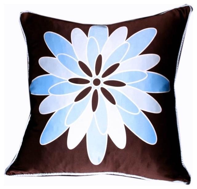 Plush Living - Nook Dahila Silk Pillow modern-decorative-pillows