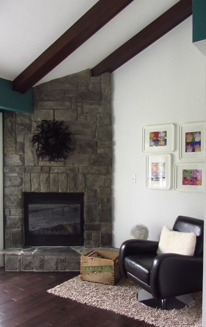Our 1960's Bungalow modern-living-room