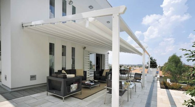 Retractable awning over deck contemporary patio sydney - Pergola alu toile retractable ...
