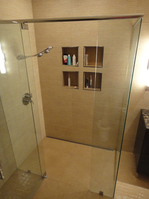Modern Shower With Continuous Floor Tile And Curbless