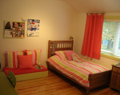 Girl's room, coral & lime green modern-kids