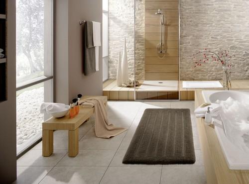 Spalooking bathroom