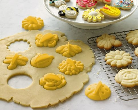 Garden Cookie Cutters traditional-kitchen-tools