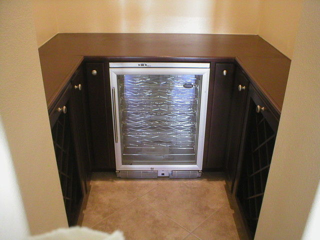 Wine Cabinet traditional