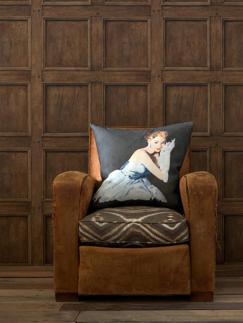 Traditional Aged Wood Panel Wallpaper - Light Oak transitional-wallpaper