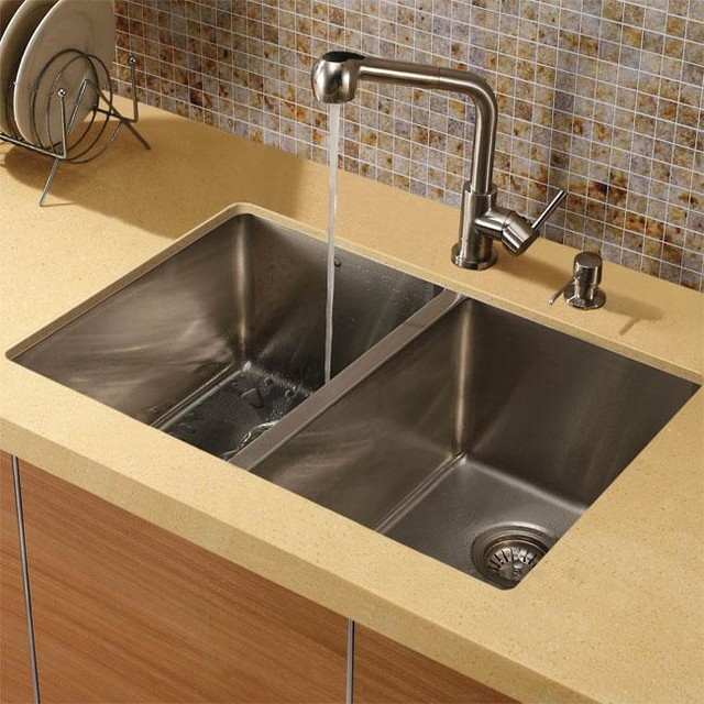 Vigo double bowl undermount stainless steel kitchen sink for Designer stainless steel sinks