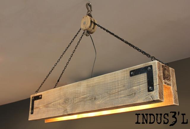 suspension indus3 39 l rectangulaire industriel suspension luminaire montreal par sueno. Black Bedroom Furniture Sets. Home Design Ideas
