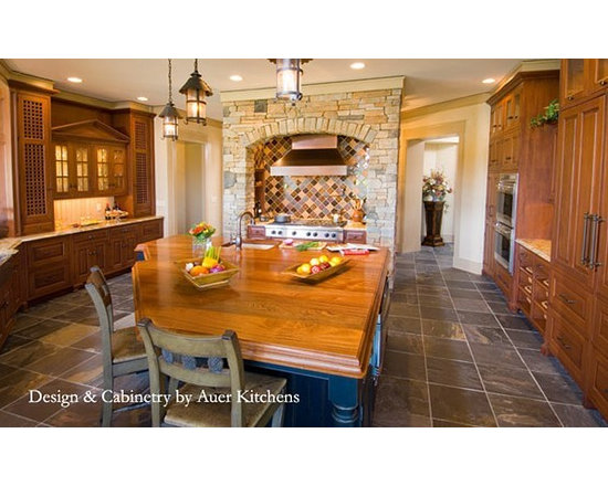 Mahogany Wood Counter Island and Table. Design and Cabinetry by Auer Kitchens..j - http://www.glumber.com/