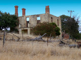 home design Houzz Tour: Modern Retreat Emerges From a 19th Century Ruin (24 photos)