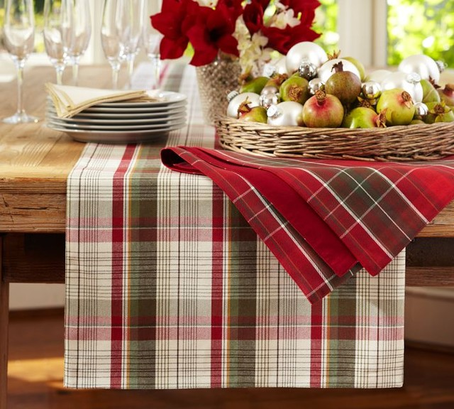 Plaid Table Runner traditional-tablecloths