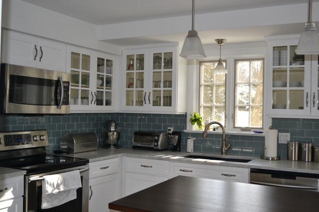 Ice Glass Kitchen Backsplash tile