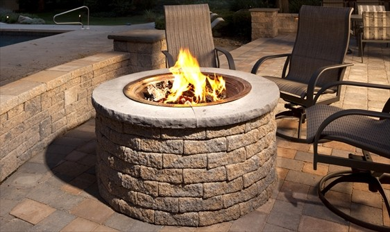 Outdoor Fire Pit Kits traditional-firepits