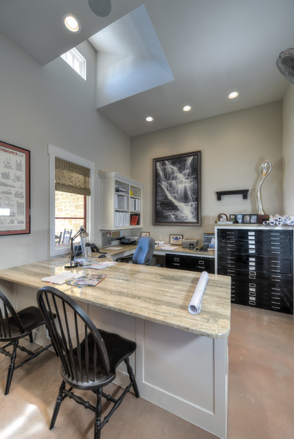 1002 River Road traditional-home-office