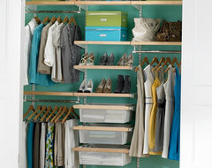 Birch & White elfa décor Chic Reach-In Closet modern closet organizers