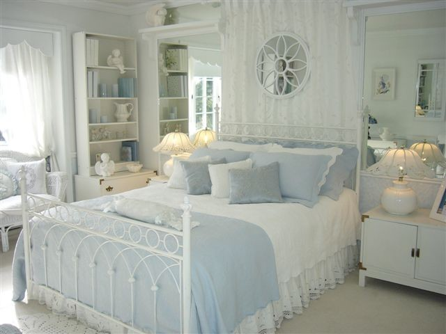 Romantic Bedrooms traditional-bedroom