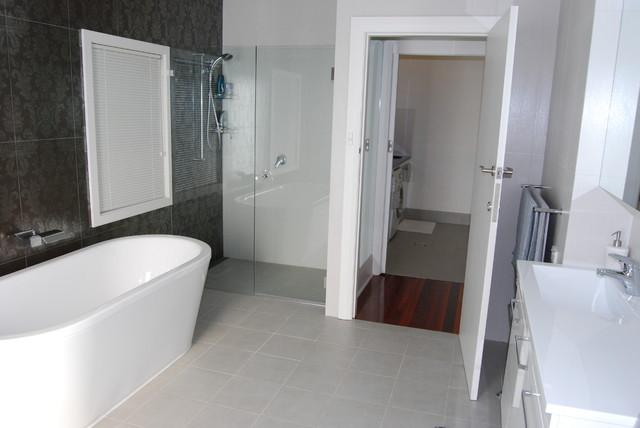 Wahroonga Sydney contemporary-bathroom
