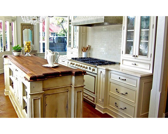 Walnut Kitchen Island Countertop. Designed by Artisan Kitchen and Bath. - http://www.glumber.com/
