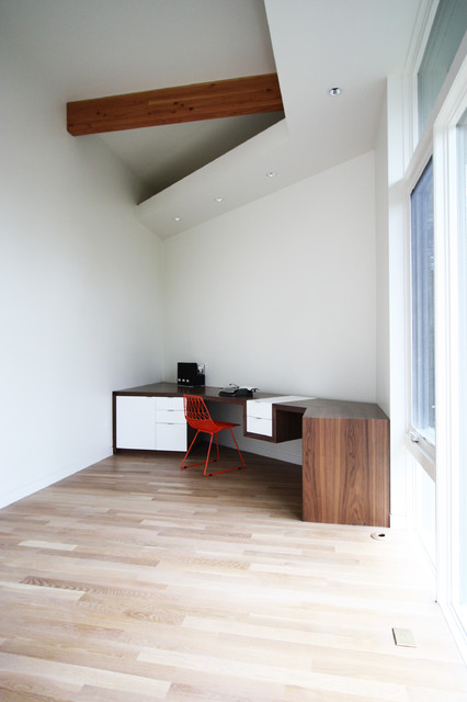 New Modern Home contemporary-home-office