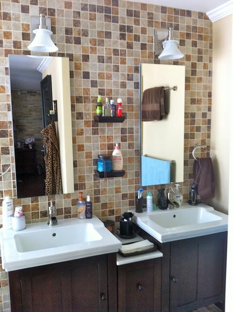 condo Pacific contemporary-bathroom