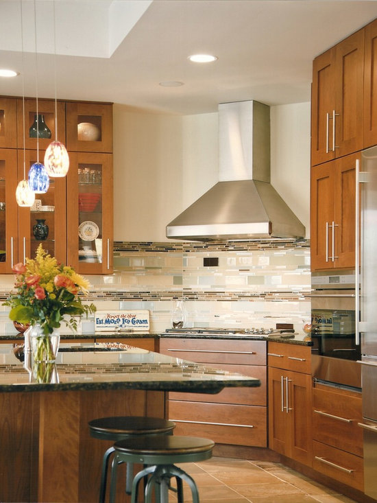 Sag Harbor - Stainless steel hood with flue creates a focal point.