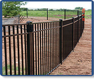 Challenger 1 modern-home-fencing-and-gates