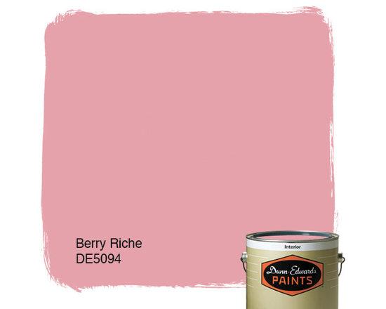 Dunn-Edwards Paints Berry Riche DE5094 -