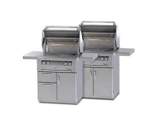 Alfresco 42'' Lx2 On-cart Grill, Stainless Steel Liquid Propane | ALX242C-LP - Three high-temp stainless steel main burners producing 82,500 BTUs. Integrated rotisserie with built-in motor & 18,500 BTU infrared burner.