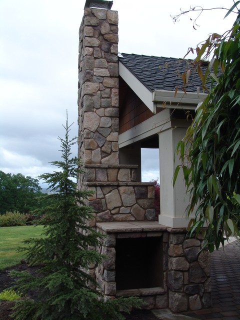 Outdoor Fireplace traditional-patio