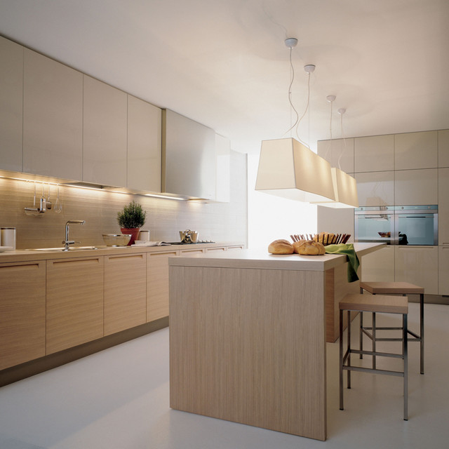Varenna by poliform minimal kitchen cabinetry modern for Modern kitchen cabinets