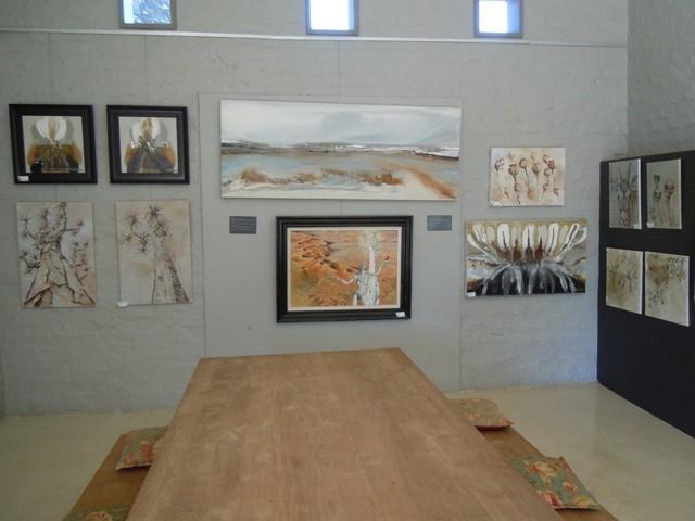 Art gallery traditional-artwork