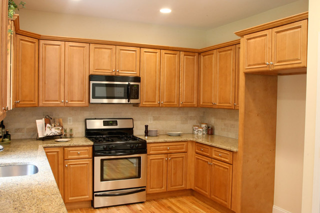 Charleston Light Kitchen Cabinets Home Design - Traditional - Kitchen Cabinetry - columbus - by ...