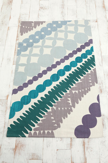 Bead Silhouette Printed Rug contemporary-rugs