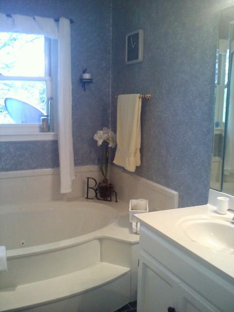 Riverchase Bathroom - before pics