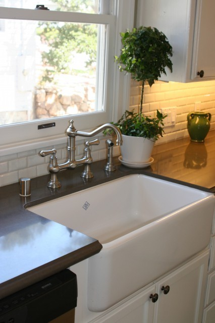 Ode to the Farmhouse Sink