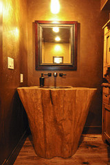 Log Home Water Dance Frisco bathroom