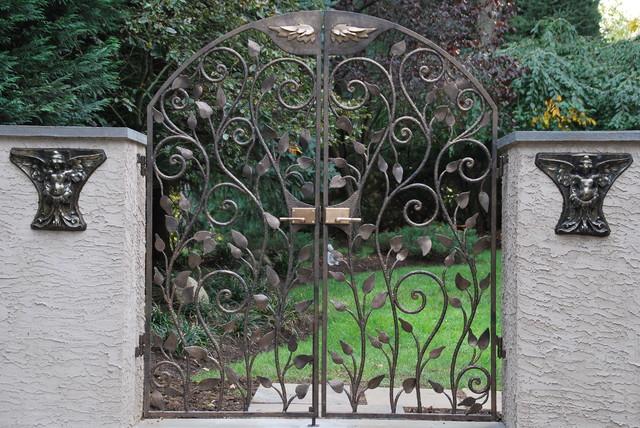 Garden Gate fencing
