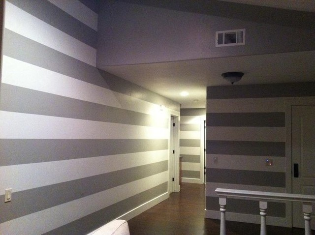 Painting horizontal lines stripes on the interior modern for Painting lines on walls