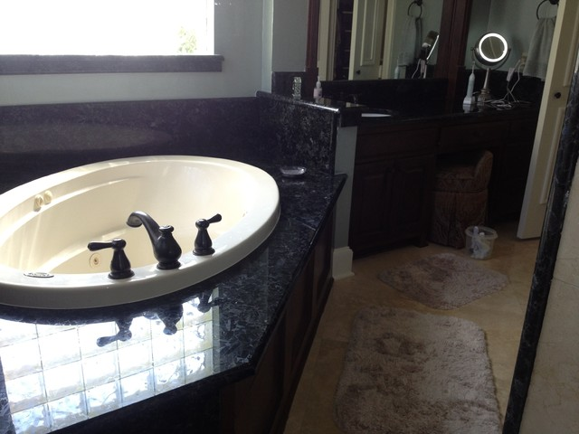 Granite traditional-vanity-tops-and-side-splashes