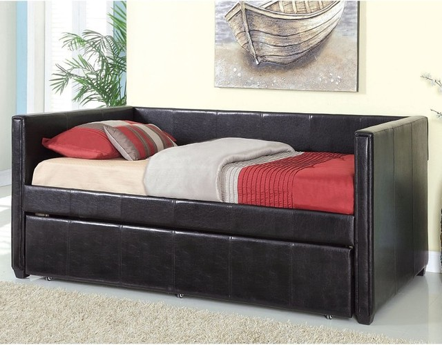 Hillsdale Allendale Wood Daybed In Cherry Finish With Roll