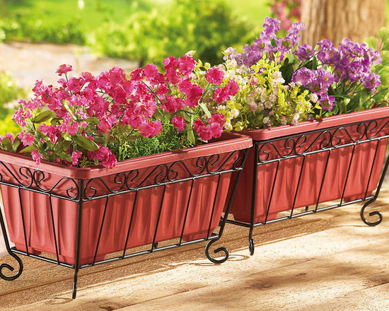 Terra-cotta Look Garden Planters with Iron Stand -
