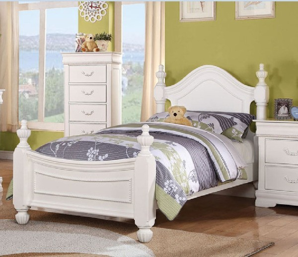 Acme Furniture Classique White Finished Youth Twin Bed