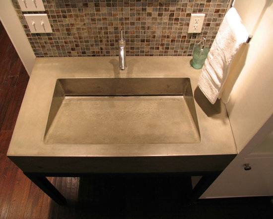 Concrete Bathrooms - Concrete ramp sink with Steel base