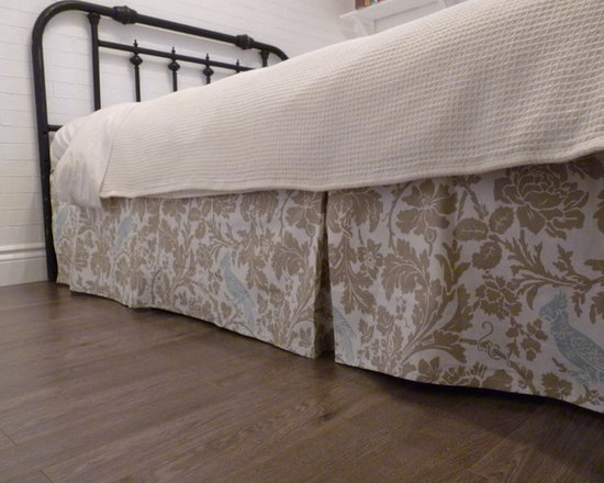 Home Decor Products - Box-pleat bed-skirt