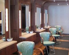 Surrender Salon modern