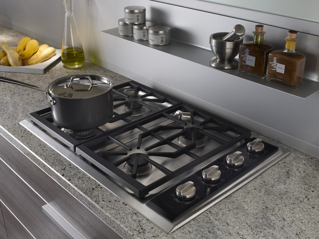 "Wolf 30"" Gas Cooktop, Classic Stainless Natural Gas 