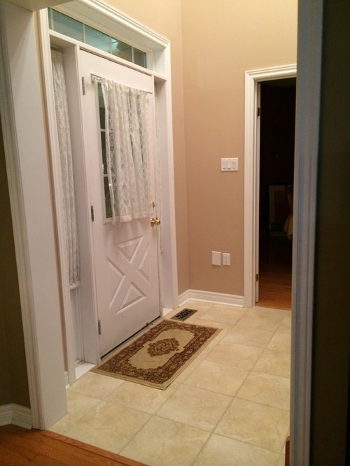 Small Foyer Tile : What to do with small foyer