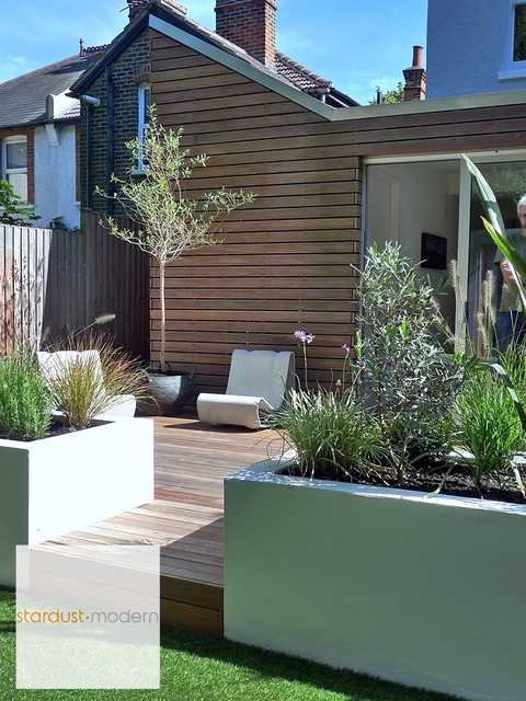 Contemporary Modern Landscape Design Ideas for Small Urban Gardens ...