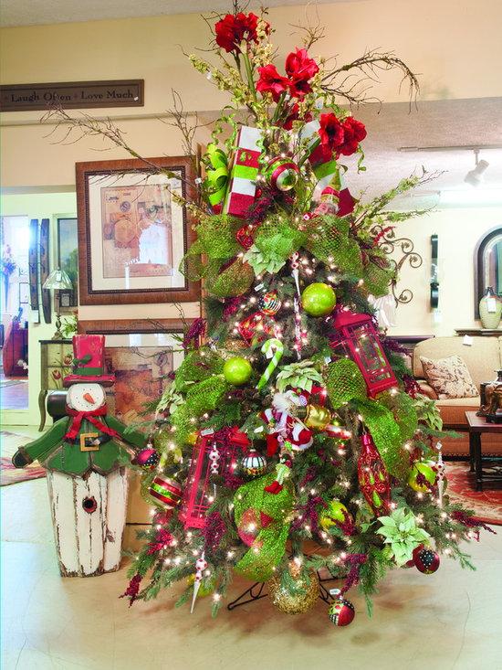 Tree Decorating Services - Christmas Tree Decorating Services www.sackstedersinteriors.com