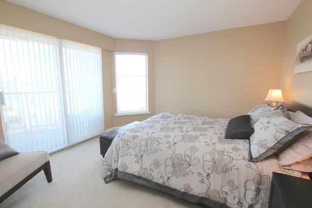 203 - 70 Richmond contemporary-bedroom