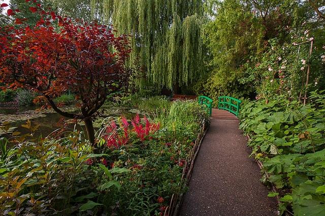 Bridge In Monet S Garden Wallpaper Wall Mural Self